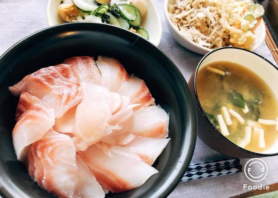 おうちごはん「海鮮丼」