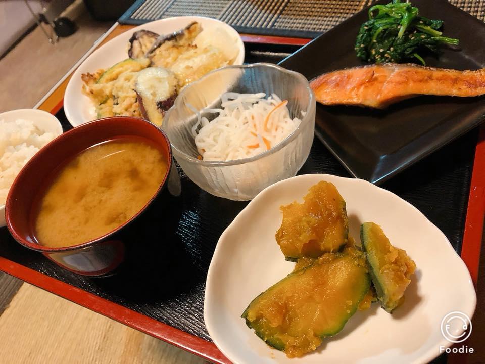 日本人はやっぱり和食ごはんだね